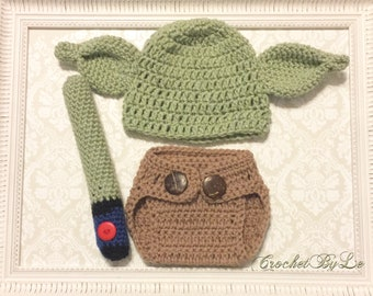 Yoda crochet outfit (Available - 12 months)