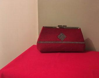 Medium size red clutch