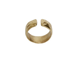 Pinky simple band, gold open ring, hammered ring, ring finger band, solid jewelry, multifinger ring, middle finger band, unadorned ring