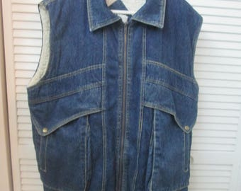 Vintage size 2XL Tall faux shearling lined denim vest w large front pockets Sierra Pacific shearling lined denim vest for large tall person.