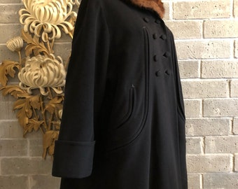 1940s coat vintage coat wool coat  fur collar coat size medium 38 bust double breasted swing coat old Hollywood forstmann coat