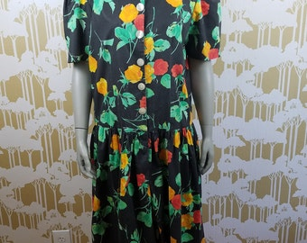 Vintage Dara  Jeffries Women's Size  12-14 Floral Dress Like Romper 80'S 90'S BUTTON FRONT