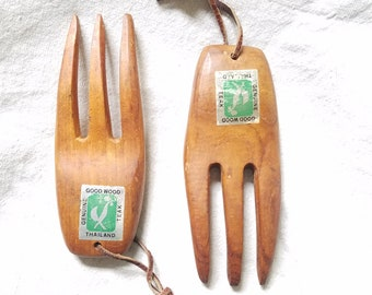 Teak Goodwood Salad Tongs Hands Forks Bear Claws Vintage Original Tags 1970s Kitchen Serving Utensils Natural Food Made in Thailand