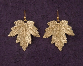 Leaf earrings, dangle drop, fall wedding, leaf jewelry, maple tree, nature jewelry, fall leaves jewerly, canadian, woodland, 18k gold plated