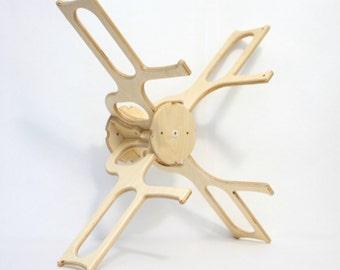 Skein Winder SpinOlution - 1 and 2 yard skein setup - accessory - yarn holder - hank maker - windmill style winder
