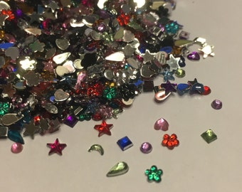 120 - 150 piece mix of stars, hearts, flowers and more rhinesstone nail art mix, 1.5 - 4 mm (S11)
