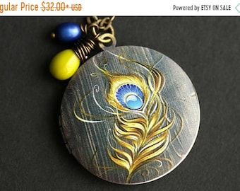 MOTHERS DAY SALE Peacock Feather Locket Necklace. Peacock Feather Necklace with Glass Teardrop and Fresh Water Pearl. Peacock Necklace. Bron