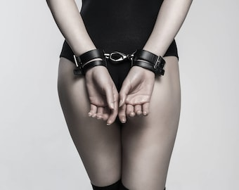 Wide Black leather handcuffs