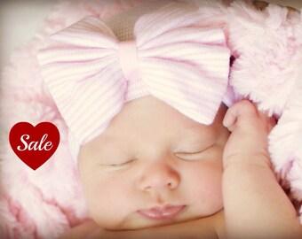 Newborn Bow hat with Bow Hat Newborn Hospital Hat pink hat for Baby girl Hat Newborn Baby Hat for Girl Baby Hat with Bow Pink Baby Hat