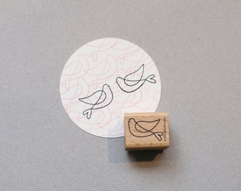 Stamp Turtledove facing left