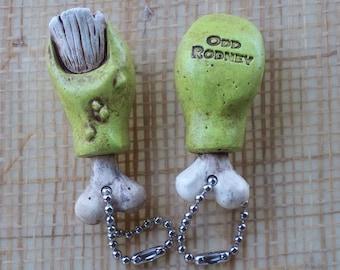 RAT FINK TOE keychain  Zombie Toe keychain   Kustom Kulture - HotRod - Chopper - Bobber - Creepy