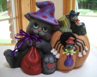 ceramic Halloween pumpkin kitty with bat and spider pumpkin trick or treat Halloween decoration