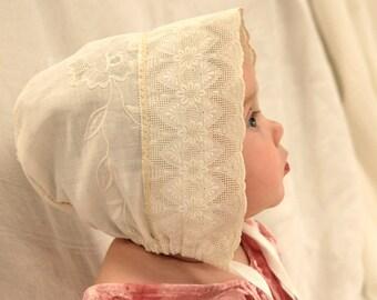 Antique White Vintage Linen Baby Bonnet ~ bonnet, antique bonnet, child's clothing, baby hat, baby girl, cotton bonnet, photo prop