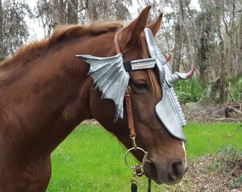 Dragon Slayer Horse Chanfron Face Armor in Silver - Medieval Equine Armor Barding Costume - Equine Face Armor Costume & Celtic Warrior Horse Chanfron Face Armor in Silver Medieval