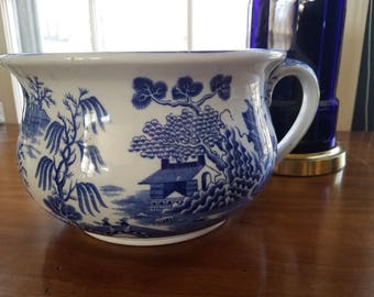 Mason's Ironstone China Blue Willow bowl with handle // blue and white // Staffordshire // Made in England // collectible // antique
