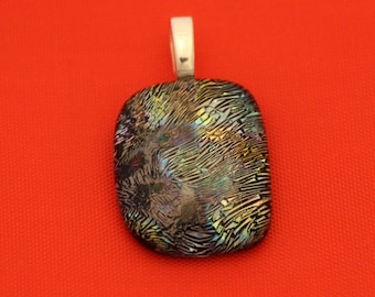 Multi-color Geodesic Pattern Dichroic Glass Pendant