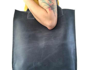 10% OFF ••• Greyish blue pull-up leather tote bag nr.2