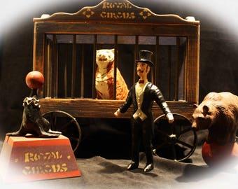 "Vintage Old Time Circus Set ""Royal Circus"""