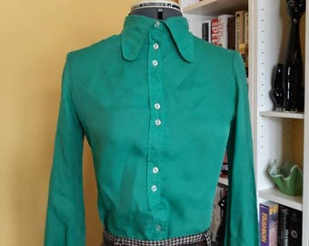 Vintage 70's dog ear blouse