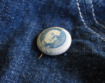 Vintage FDR Roosevelt Pin Small Blue Campaign Pinback Advertisement Geraghty & Co