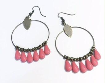 Boucles d'oreilles créole en perle forme de goutte rose