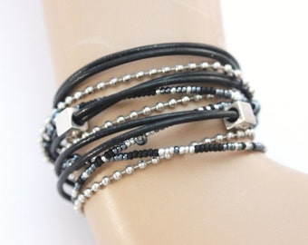 Wrap boho bracelet multi-rows in black leather, steel chain and black beads, gray and silver - black leather cuff - steel bracelet