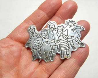 Sterling Silver Save The Children Brooch Pin Hearts and Hands 10.8 grams .925 Mexico