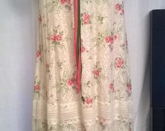 Vintage dress printed lace