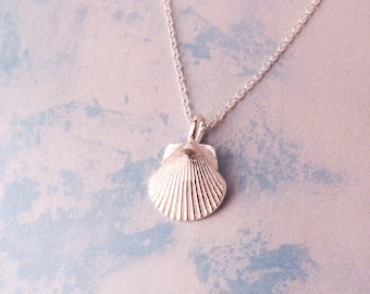 Tiny Silver Scallop Shell Necklace