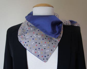 Original cotton print and lined with satin convertible scarf.