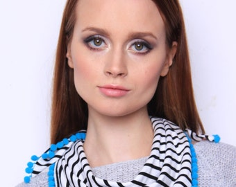Striped scarf is a modern and casual design