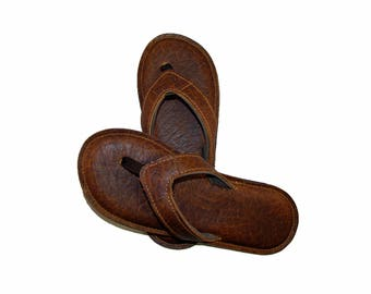 de Aviles Bison Leather Flip Flops-Men's