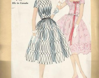 1950s Full Bouffant Skirt Day Dance Party Dress Easy to Sew Easy to Make Vogue 9732 Bust 34 Uncut FF Women's Vintage Sewing Pattern
