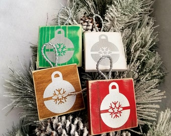 Rustic Christmas Bulb ornaments - set of 4. Wooden Handmade Christmas ornaments. Christmas decorations. Christmas signs. Christmas gift.