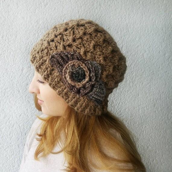 Winter Beanie braun Frau Mütze die Damen Hut mit Blume häkeln