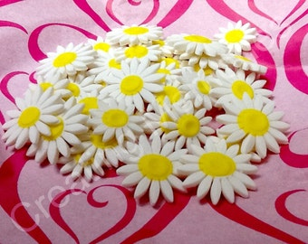 32 Fondant White Flowers for Cupcake or Cookies, Edible candy flowers for cupcake, cookies, cakepops you can use them on your cakes too!