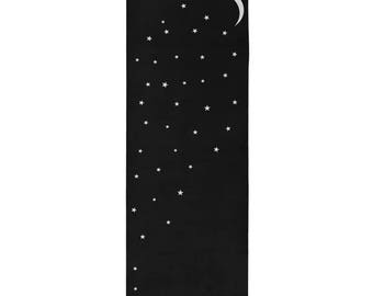 Moon and Stars Mat in Black /  Hot Yoga Mat / Gift for Her / Gift Idea/ Fitness Gift / Moon Phases / Moon Stages / Moon Mat / Yoga Mat /