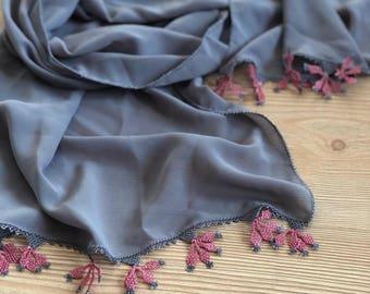 handmade needle scarf