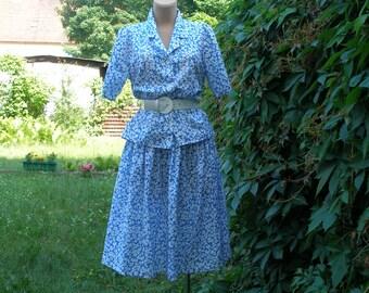 Skirt Suit / Skirt Suit Vintage / Two Piece Suit / 2 PC Skirt Suit / Size EUR38 / UK10 / Summer Suit / Very Light