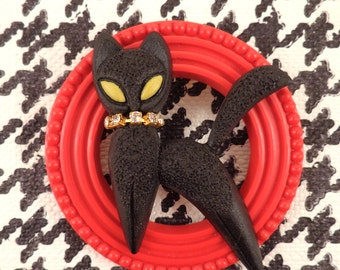 Black CAT On Red Ring BROOCH.