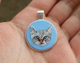 Hand Embroidered Cat Portrait Necklace, Cat Lover Gift Women, Cat Lover Gift Jewelry, Animal Lover Gift Jewelry, Cat Lover Necklace