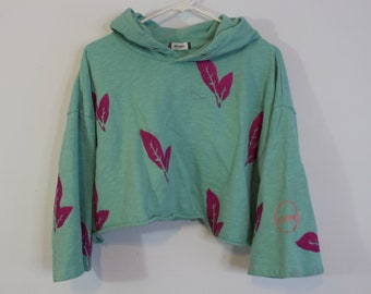 Into the Jungle Mint Crop Sweatshirt
