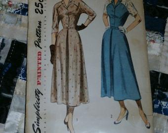 "Vintage 1940's Simplicity Pattern 2723 for Misses Dress Size 14, Bust 32, Waist 26"""