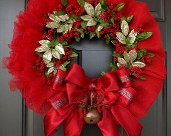 Red Christmas Wreath with Berries & Red Bow - Christmas Bell / Christmas Gift / Christmas Decorations / Christmas Ornament