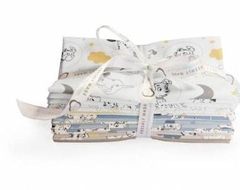 101 Dalmatians Fat Quarter Bundle, 15 Pieces, Camelot Fabrics, Precut Fabric, Quilt Fabric, Cotton Fabric
