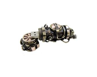 Steampunk USB flash drive 32 GB  luxury birthday gift handmade vintage brass copper pendant mens accessories computer memory pendrives