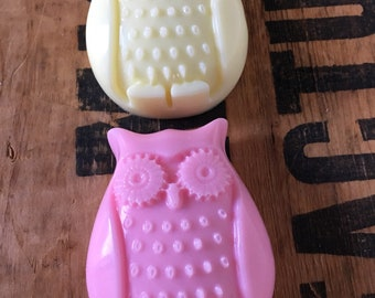 10 Owl Soaps - Lovely packaging & gift tags included - SLS free - Phthalate free - Birthday - Baby shower party favours - Pick your scent
