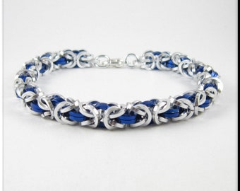 Chainmaille Bracelet Or Anklet, Ankle Bracelet Silver and Blue Square Cut Byzantine Chain Mail