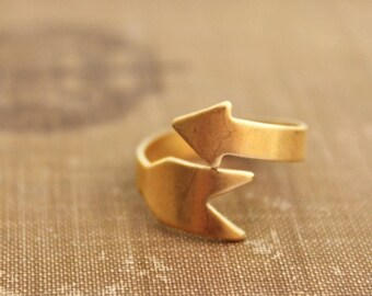 Vintage brass arrow ring