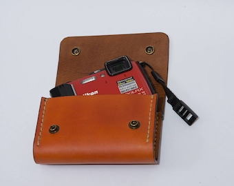 Camera case/ camera bag/Leather Felt Camera Case Box Hand-made Nikon AW 130, AW 120,AW 100, as well as for other cameras identical in size.